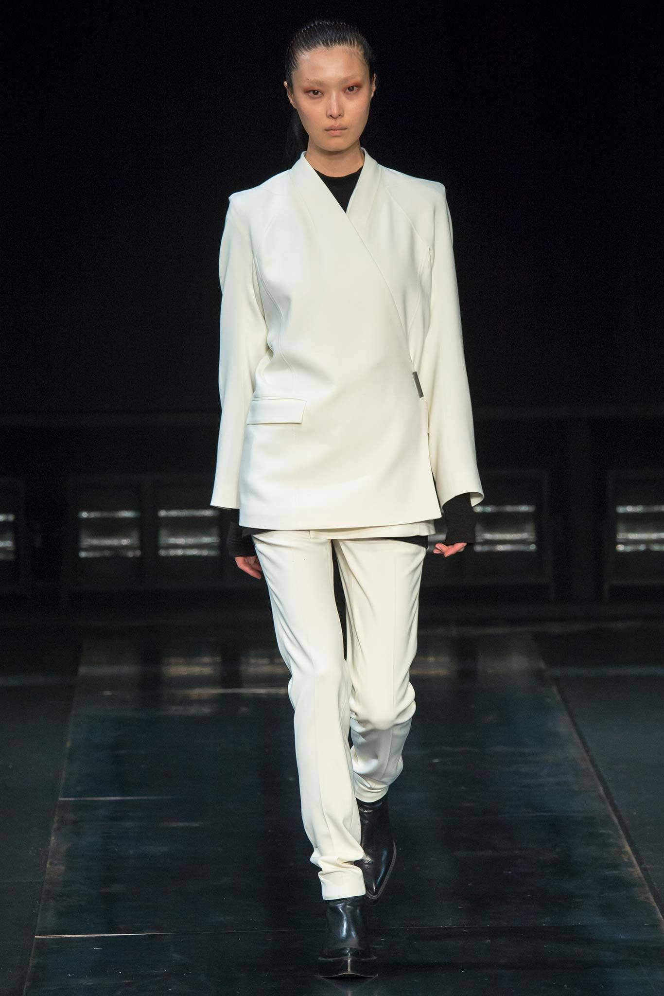 StyleAndMinimalism | Collection Best Bits | What To Wear From AW14 | Helmut Lang AW14 | Cream Suit, Wrap Jacke, Slim Fit Trousers