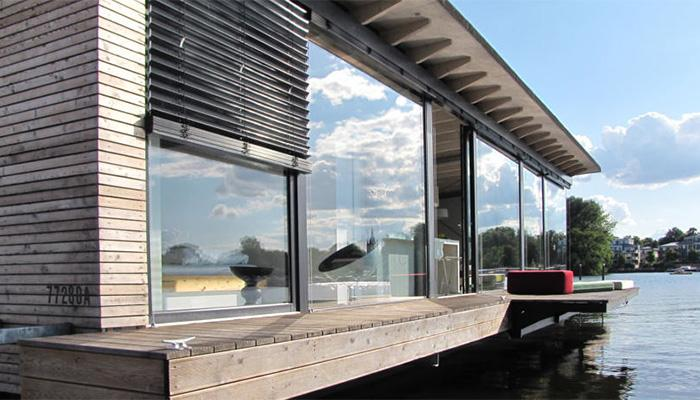 StyleANDMinimalism-Travel-Bucketlist-Berlin-Modern-Houseboat