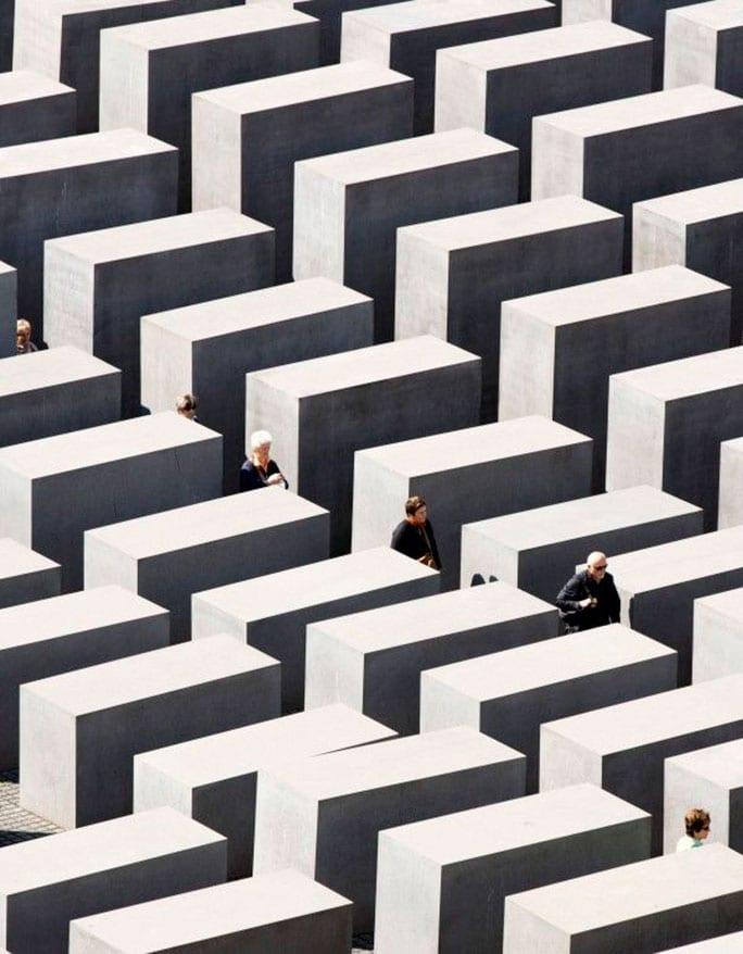 StyleANDMinimalism-Travel-Bucketlist-Berlin-The-Holocaust-Memorial