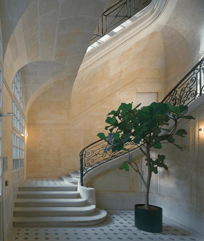 StyleAndMinimalism | Interiors | Céline maison on rue Vivienne