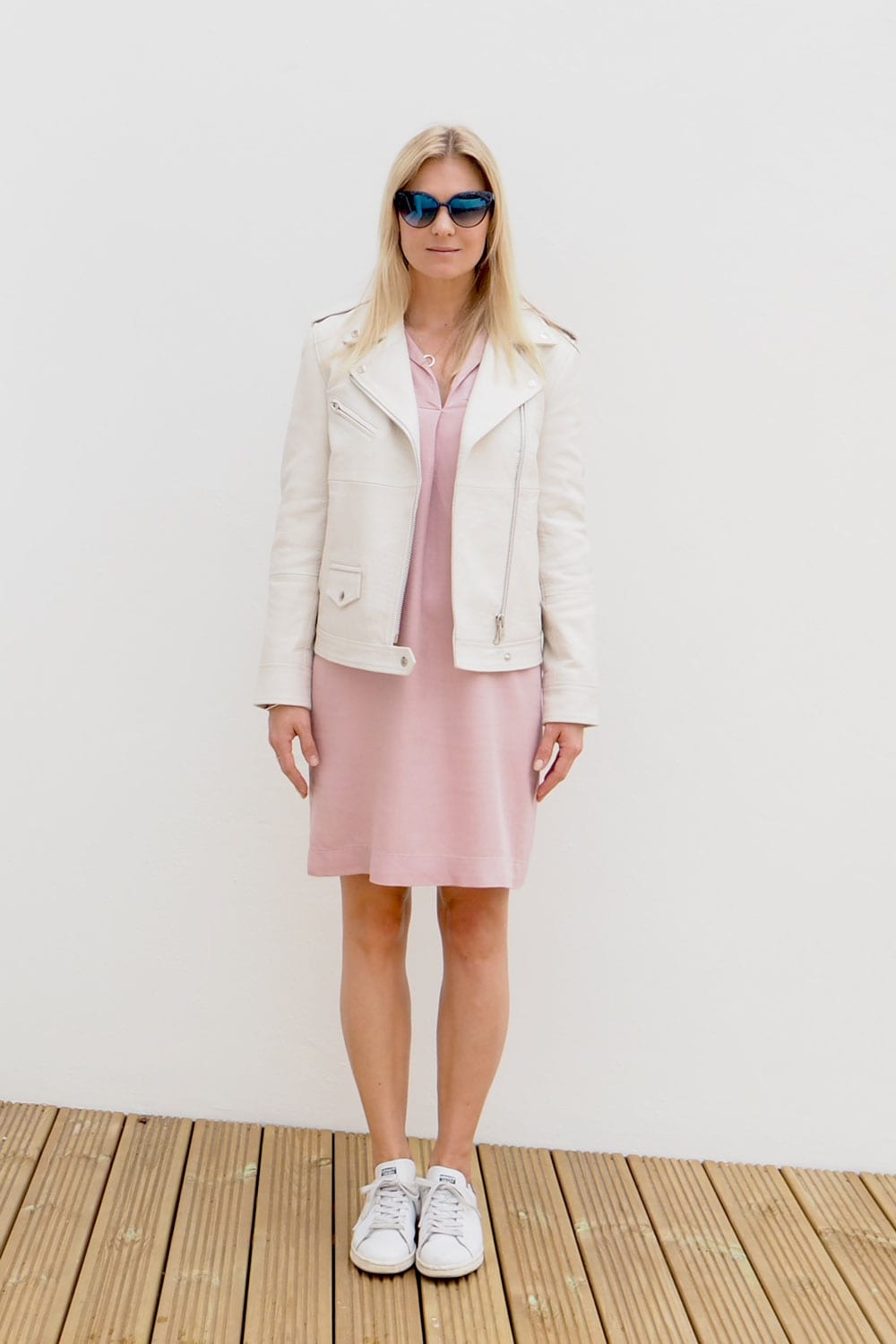StyleAndMinimalism | It's Personal | Samsoe Tahvo Leather Jacket in Cream, Second Female Tamsin Shirt Dress in Dusky Pink