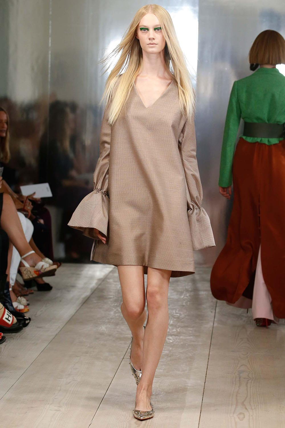 StyleAndMinimalism | Collections | SS16 | CPH | Mark Kenly Domino Tan Look 2