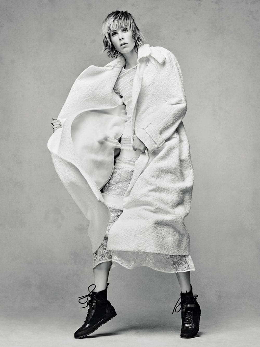 Style&Minimalism | Editorials | Vogue China | Edie Campbell by Sølve Sundsbø | Burberry Prorsum Resort 16
