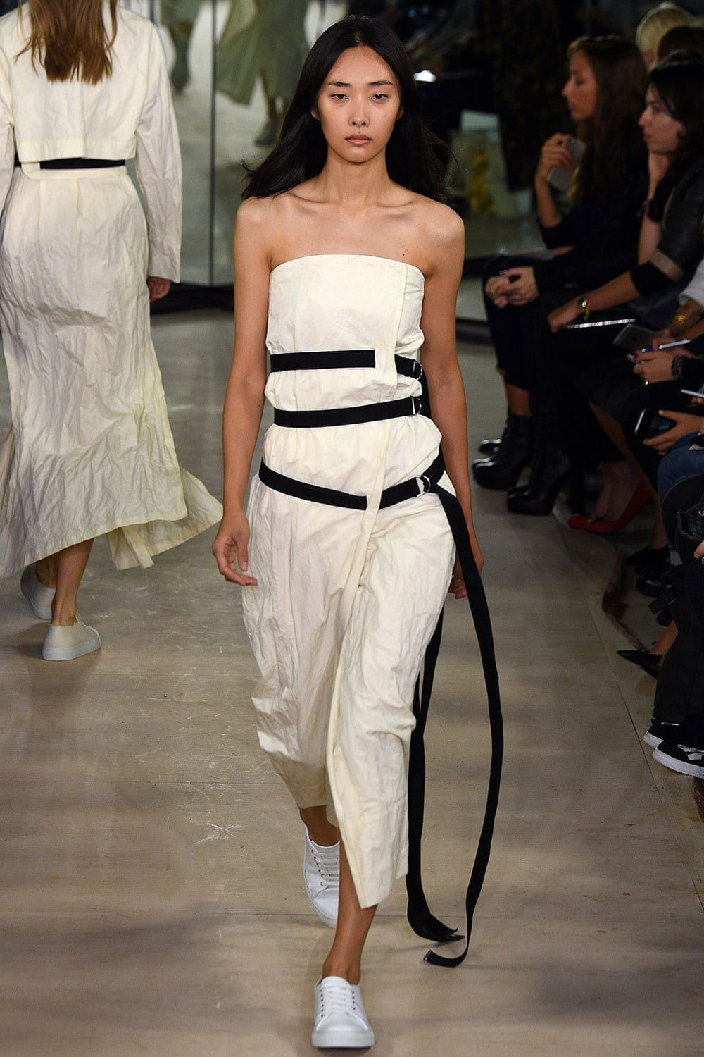 Style&Minimalism | Collections | Joseph SS16 | Look 32