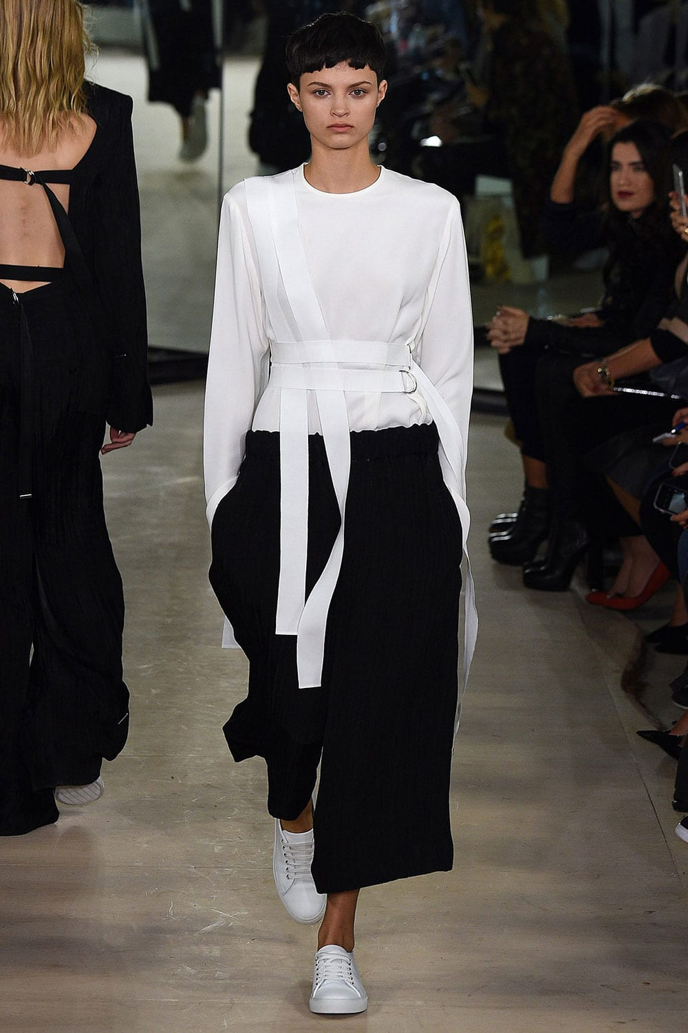 Style&Minimalism | Collections | Joseph SS16 | Look 39
