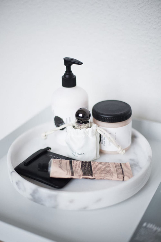 minimal bathroom styling tips style minimalism