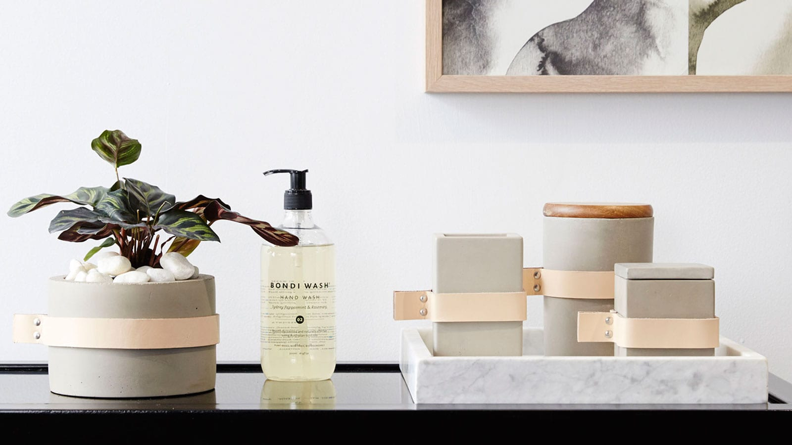 Style&Minimalism | Interior Inspiration | Minimal Bathroom Styling Tips