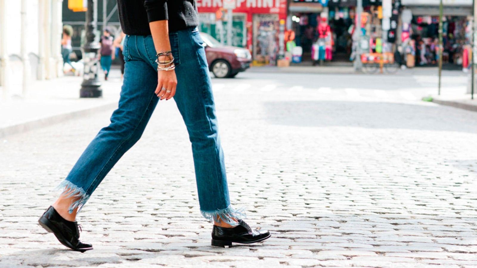 Style&Minimalism   Trends   Frayed Hem Denim