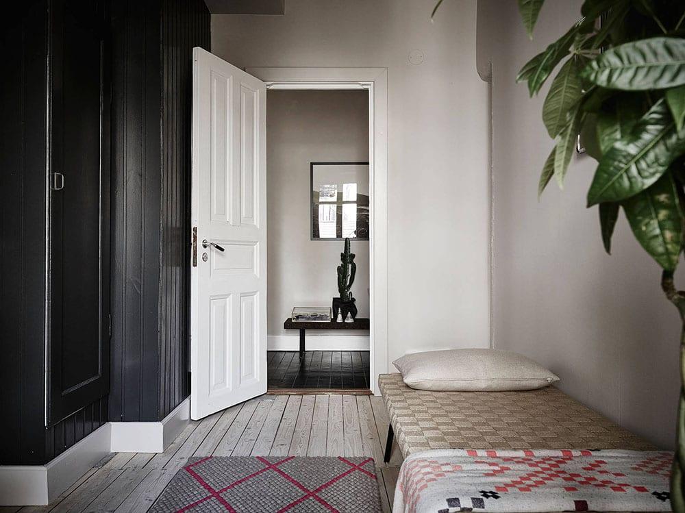 Style&Minimalism | Interiors | Swedish Apartment Styled by Stadshem | White and Grey Apartment