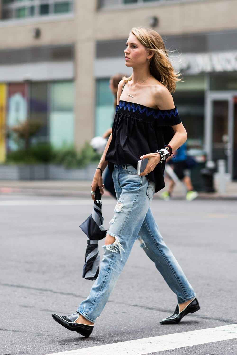 Style&Minimalism | Trends | Off The Shoulder Looks
