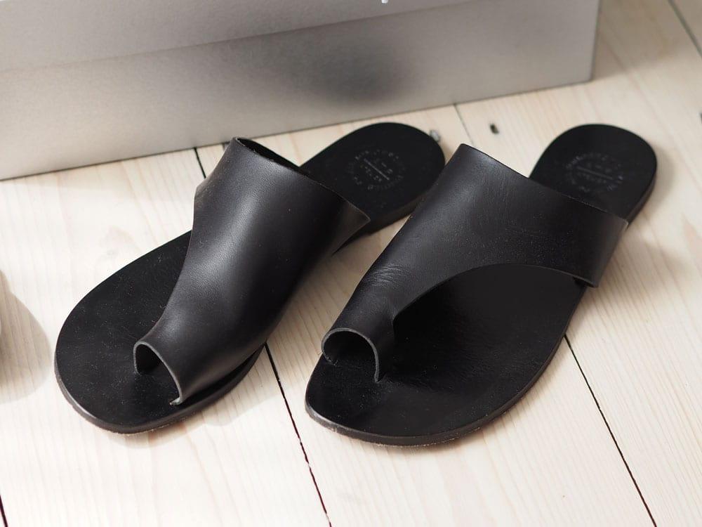 Style&Minimalism | It's Personal | Moda in Pella Shoedrobe | ATP Atelier Rosa Sandals