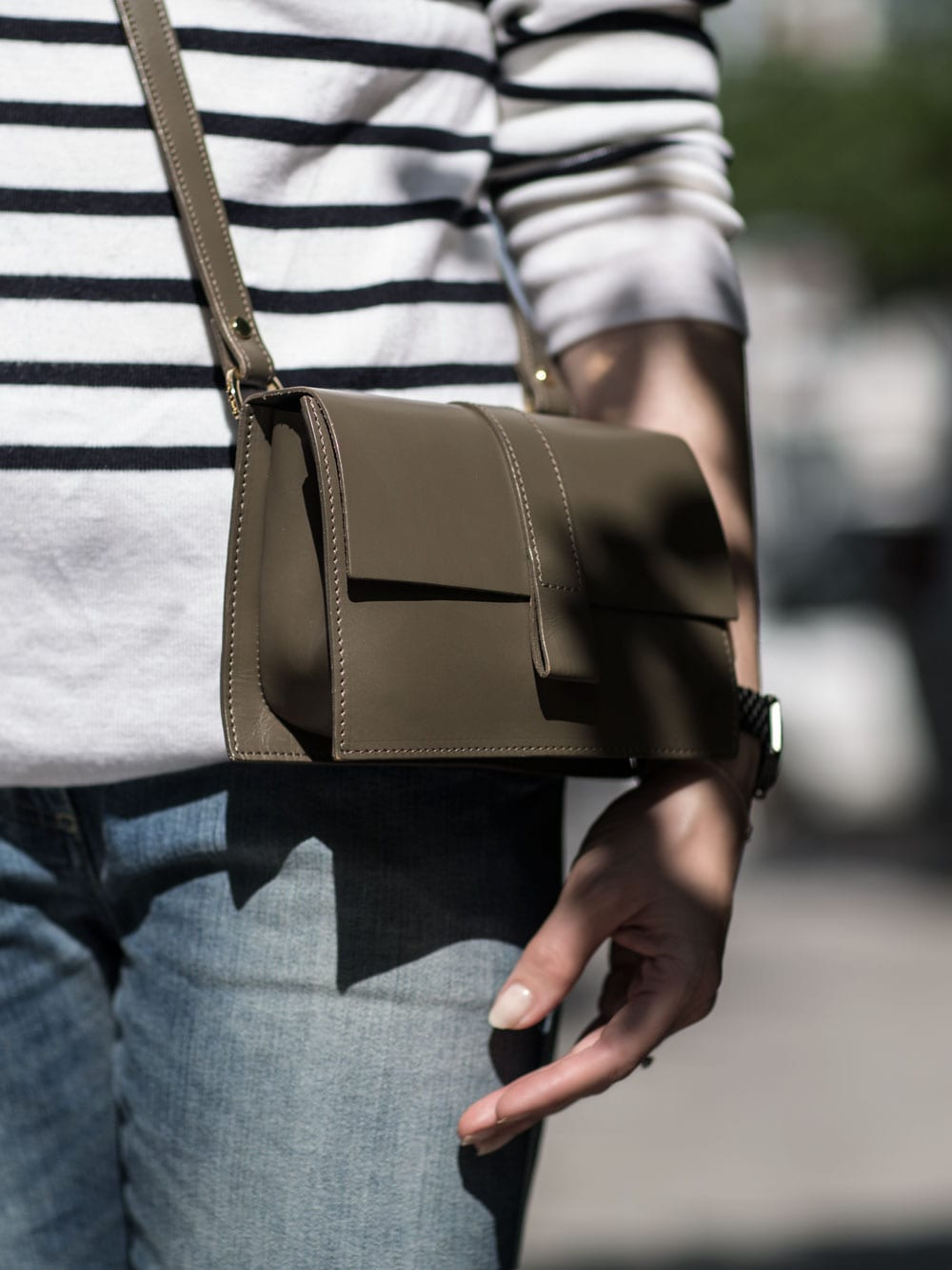 Style&Minimalism | It's Personal | Wearing Armor-Lux Sweater, Closed Peddle Jeans, ATP Atelier Rosa Sandals, Danielle Foster Bag