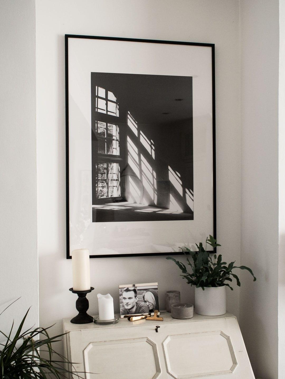 How's It Hanging? | Wall Prints, Hooks, Clocks & Mirrors