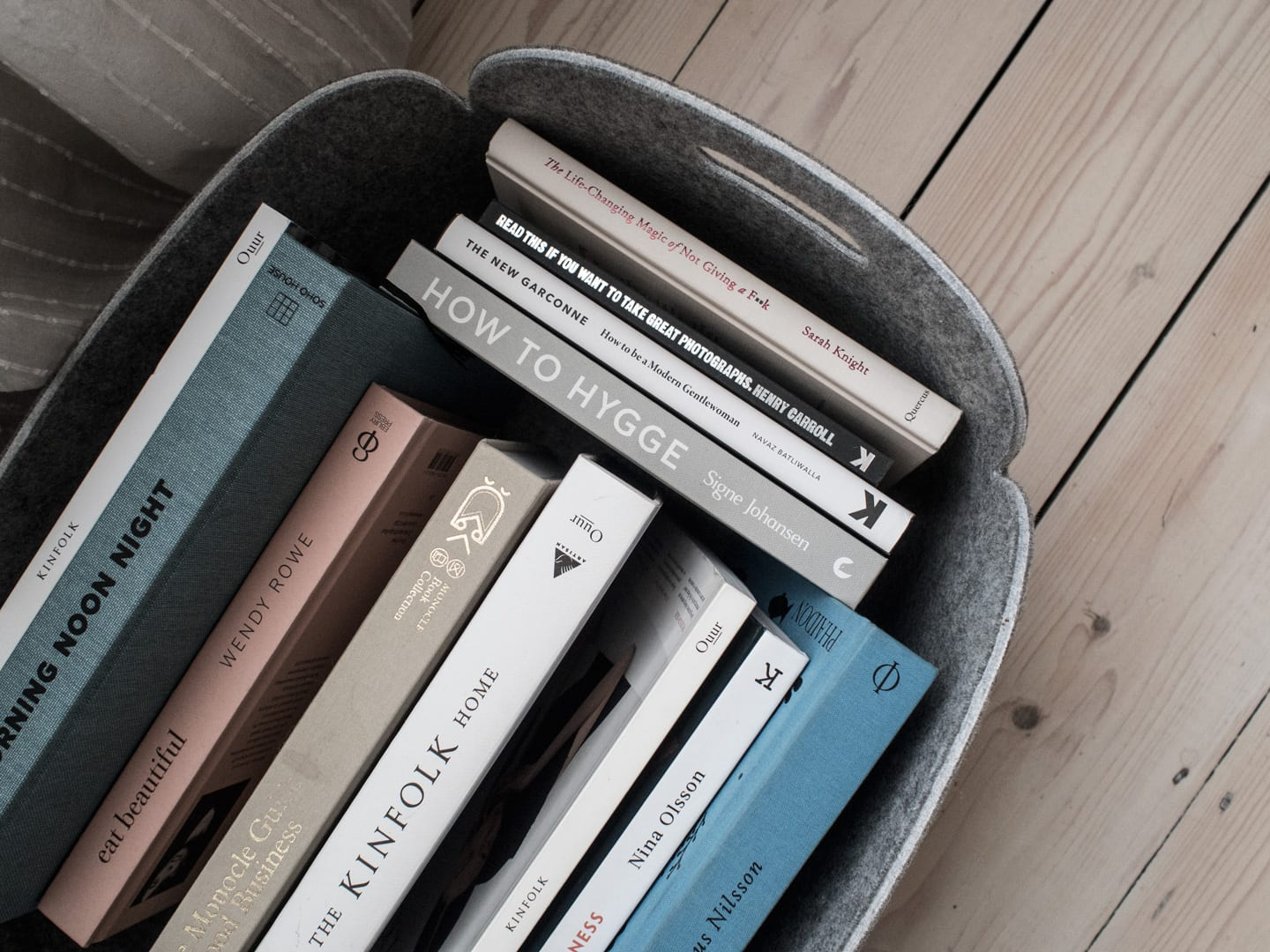 Muuto Restore Storage Basket & Books | Minimalist Interiors Good For You