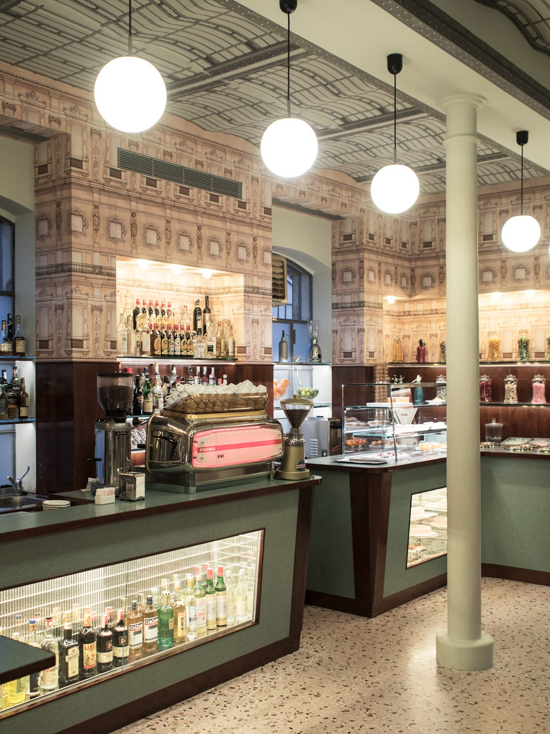 Milan City Guide | Bar Luce