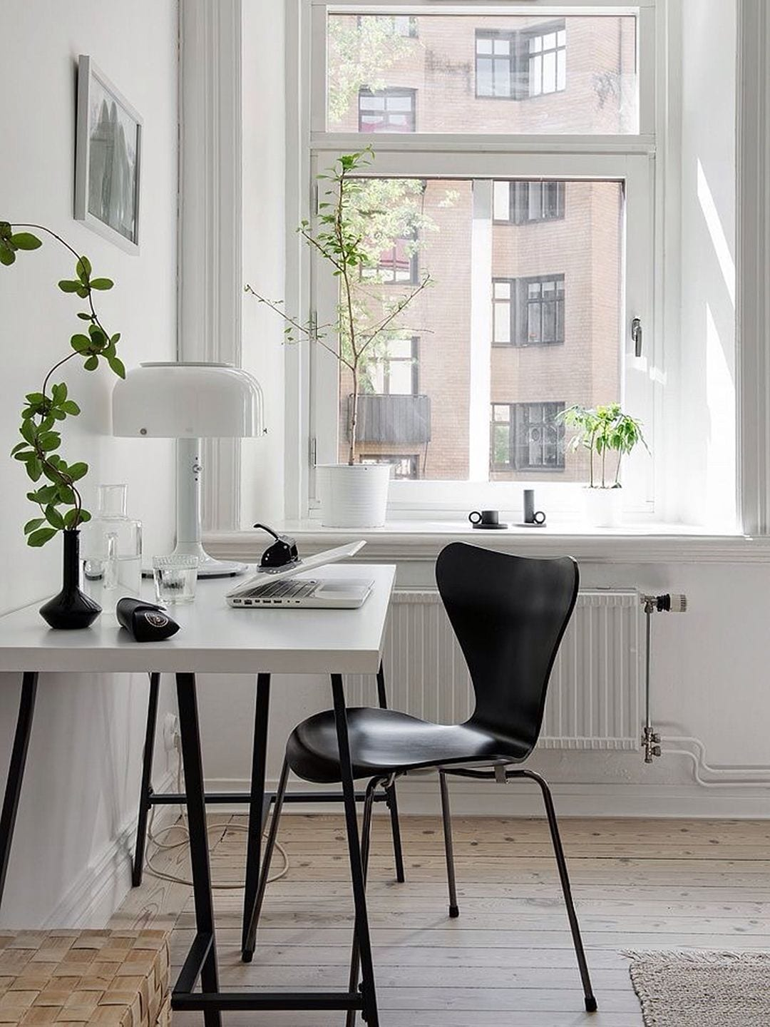 Scandinavian home office design ideas style minimalism for Minimalist design style