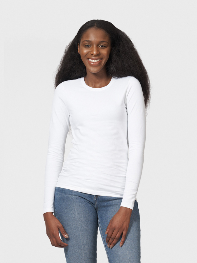 The White T-shirt Co Fitted Long Sleeve Round Neck T-shirt