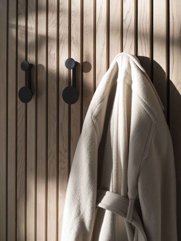 Menu Afteroom Coat Hanger