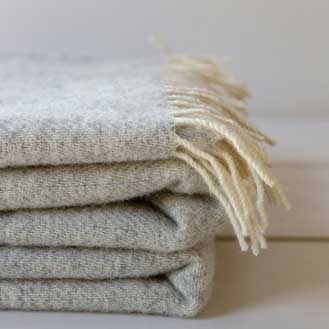 The Small Home Wool Blanket - Grey Cloud